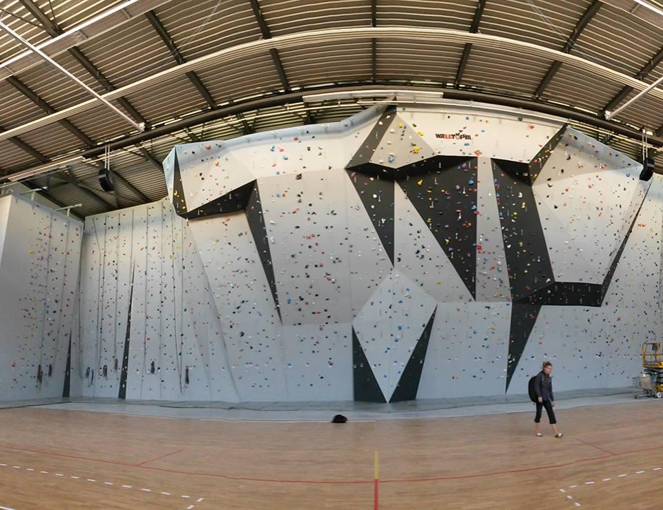 Escalade And 1 >> Le mur d'escalade du TechnoSport AMU | Technosport